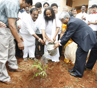 Sri Sri at tree plantation programme