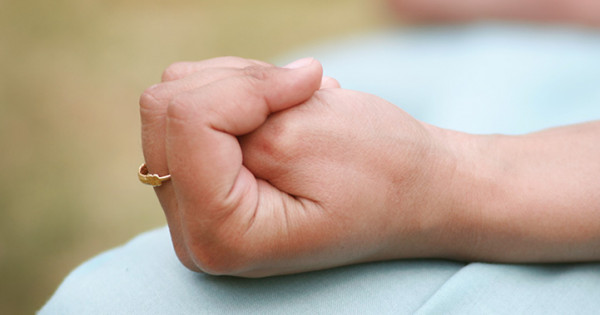 Yoga Mudras At Your Fingertips I Types Of Mudras Yoga Mudra Benefits The Art Of Living India