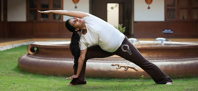 yoga for pregnant ladies pregnancy yoga poses yoga