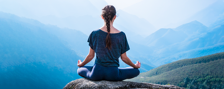 10 Amazing Health Benefits of Practising Yoga in Daily Life | The