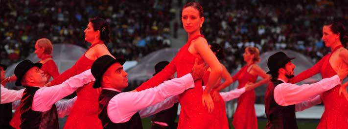 Yoga students perform tango at the World Culture Festival